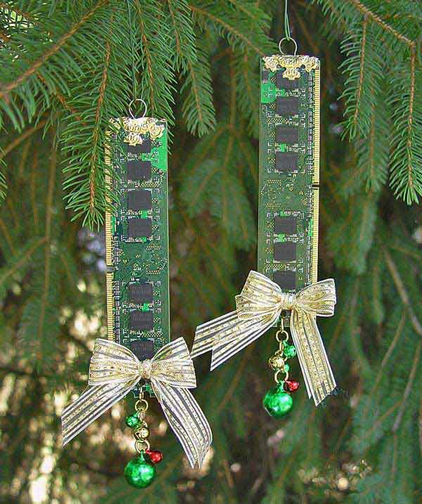 https://thecrazycraftlady.com/wp-content/uploads/2016/11/Dollar-Store-Christmas-Decorations-how-to-make-easy-seasonal-wall-decor-with-dollar-store-gift-bags-462x1024.jpg