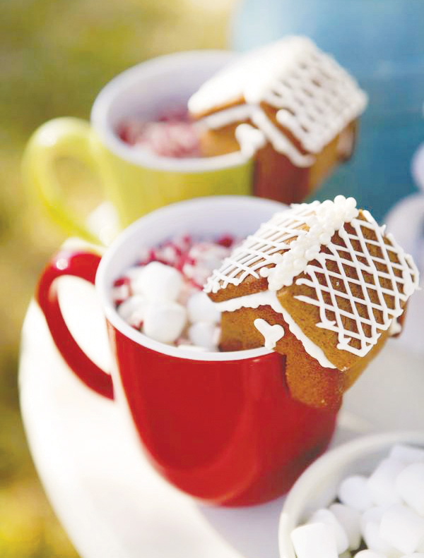 creative-christmas-treats-kids-gingerbread-house-hot-chocolate-mug