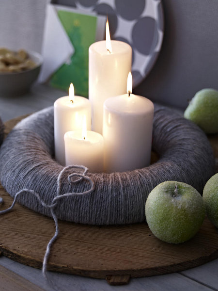 diy-festive-candle-centerpiece-green-sugar-apples-wool-wreath