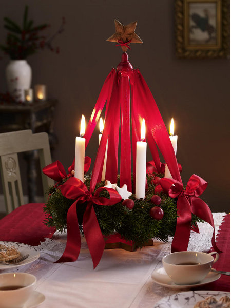 diy-festive-candle-centerpiece-red-ribbon-white-snow-stars-cherry-idea