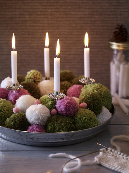 diy-festive-candle-centerpiece-woolen-balls-christmas-eve-idea