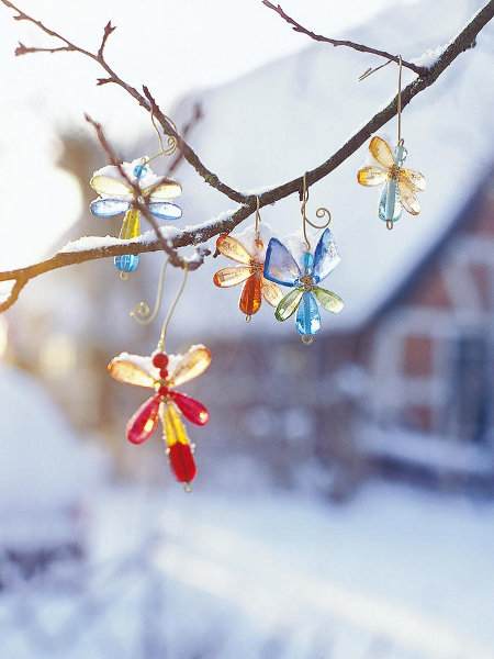 outdoor-christmas-decoration-colored-glass-ornaments-butterflies-branch