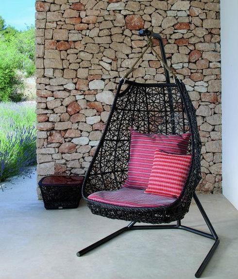 5-decorating-ideas-for-living-room-visqsht-stol-(9)-26704-500x0