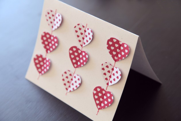 DIY Valentine's Day Cards tutorial sewing hearts different pattern red  white