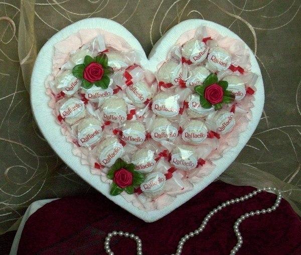 diy valentines day gift heart shaped foam raffaelo chocolates roses