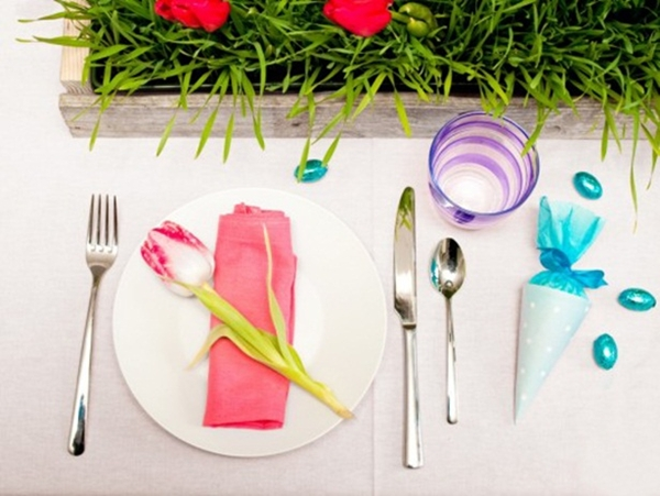 easter table setting tulip pink napkin diy treat bags kids