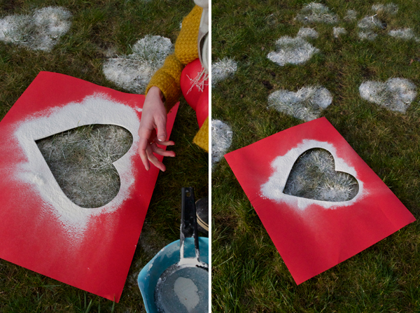 Valentine's Day gifts for him idea surprise flour hearts grass