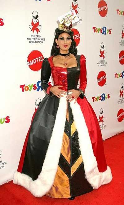 Halloween-Costumes-of-the-stars-Teri-Hatcher