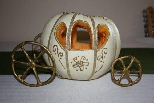 How-to-make-a-pumpkin-carriage-diy-masters-007