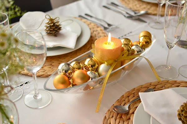 40-ideas-for-christmas-candles-on-table-0002