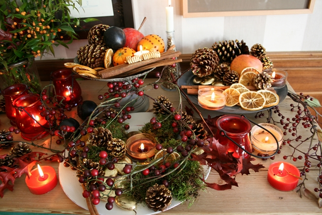 40-ideas-for-christmas-candles-on-table-00023