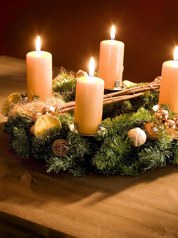 Candle decor christmas