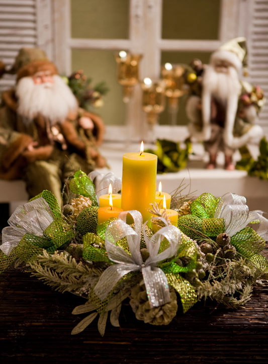 40-ideas-for-christmas-candles-on-table-00032