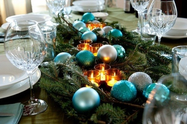 40-ideas-for-christmas-candles-on-table-0005