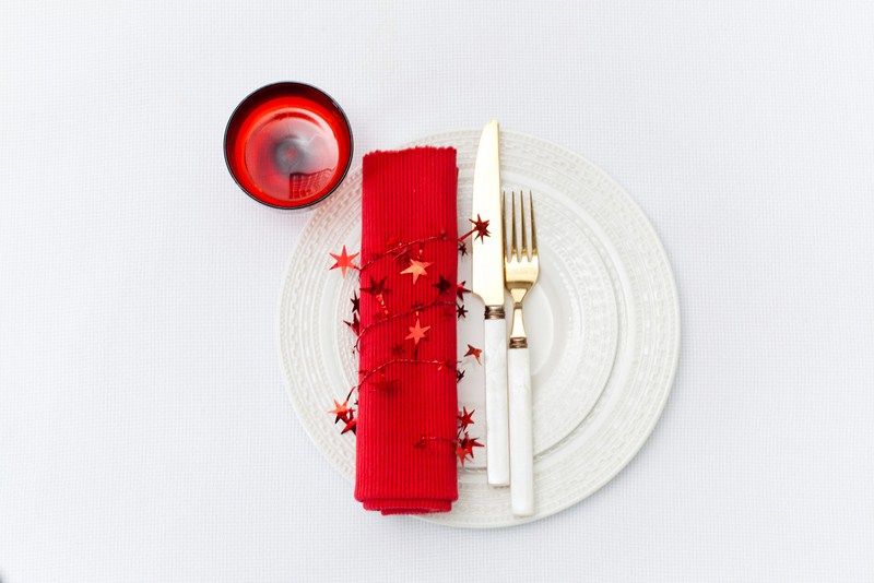 DIY Christmas Decorating Ideas Easy 4 Festive Table Settings