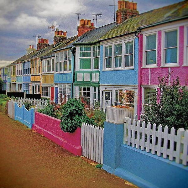 Schemes-trends-tips-and-ideas-for-exterior-color-schemes-Whitstable-England