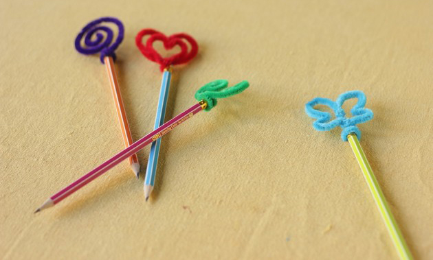 valentines day crafts kids easy projects class pencils pipe cleaners