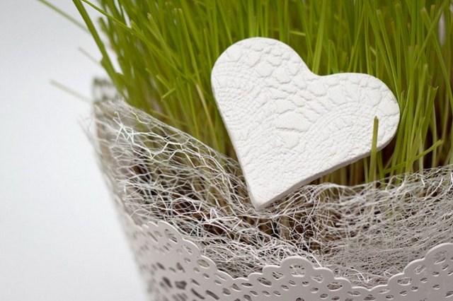 valentines-day-kids-craft-diy-polymer-clay-heart-flower-pot-decoration
