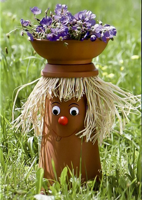 clay-flower-pot-crafts-25-cute-designs-and-painting-ideas-023