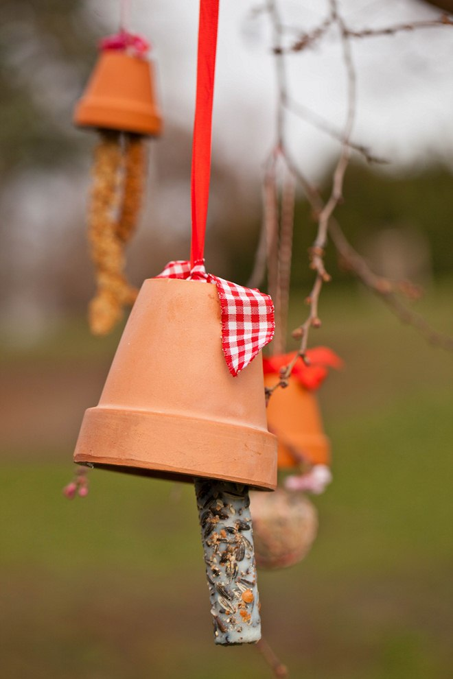 diy-bird-feeders-3-easy-and-original-ideas-to-make-002