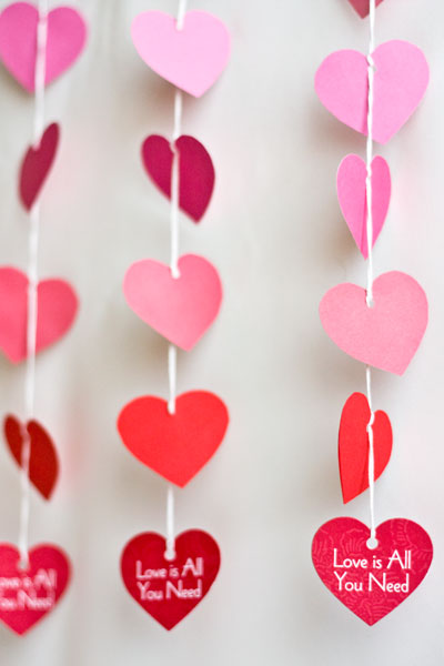 diy-paper-heart-garland-cover-02
