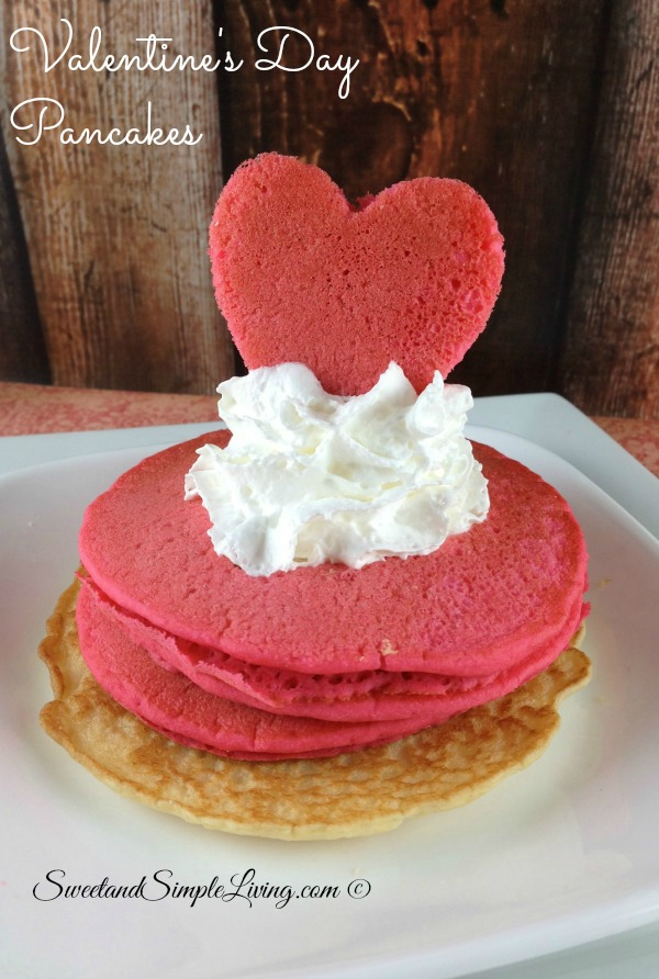 valentines-day-breakfast-idea-heart-shaped-pancakes-002
