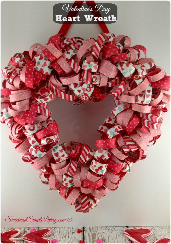 valentines-day-heart-wreath-tutorial-007