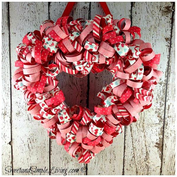 valentines-day-heart-wreath-tutorial-cover