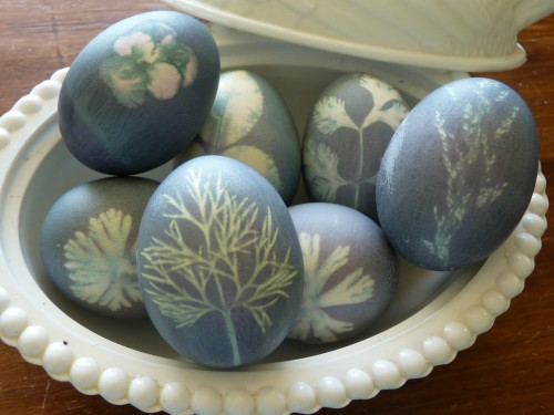 techniques-for-painting-easter-eggs-009