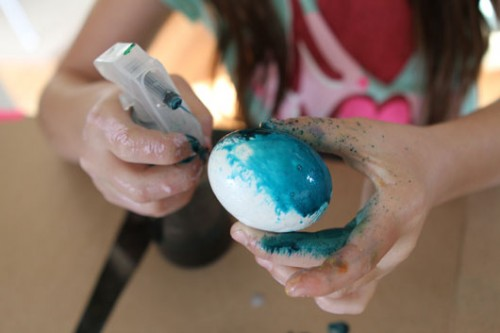 techniques-for-painting-easter-eggs-012