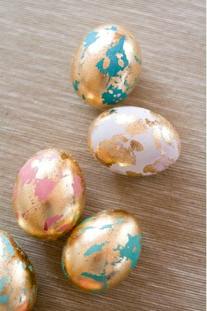 techniques-for-painting-easter-eggs-021