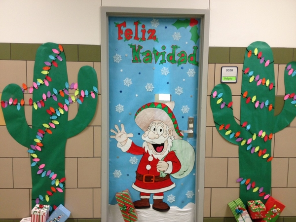 christmas-door-decorations-ideas-for-the-front-and-interior-doors-img018