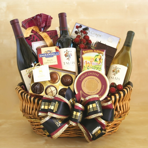 christmas-gift-basket-ideas-a-perfect-gift-for-friends-and-family-img005