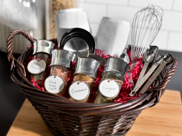 christmas-gift-basket-ideas-a-perfect-gift-for-friends-and-family-img010
