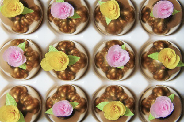 creative-easter-craft-ideas-diy-paper-flower-golden-easter-eggs-img012