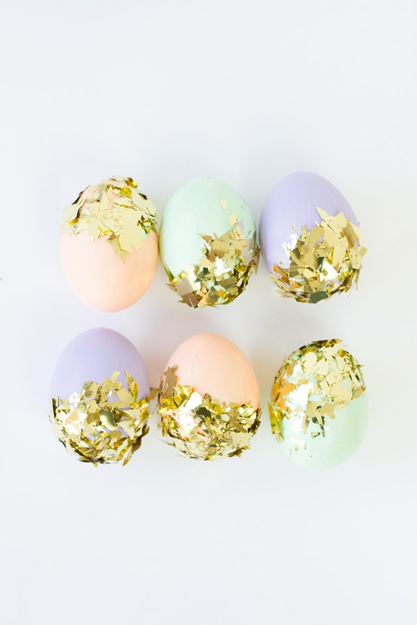 diy-easter-eggs-decoration-confetti-dipped-easter-eggs-001