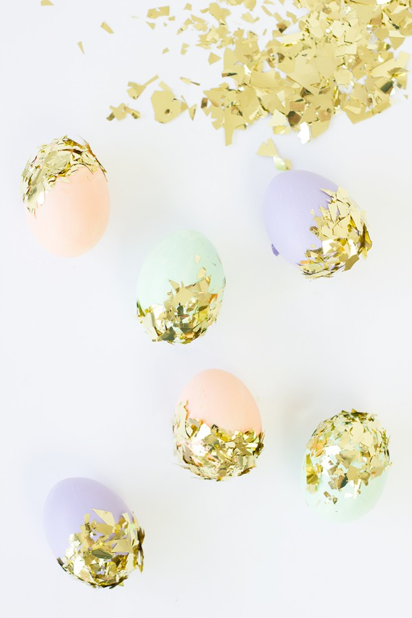 diy-easter-eggs-decoration-confetti-dipped-easter-eggs-006