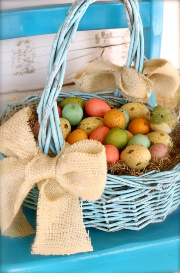 easter-basket-ideas-for-a-colorful-holiday-and-festive-mood-015