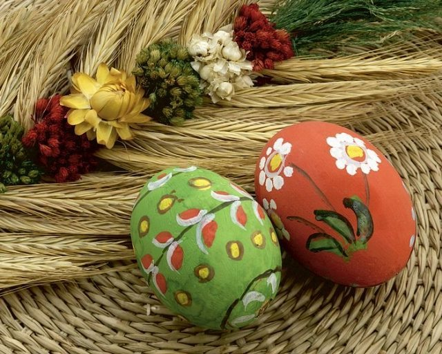 easter-egg-designs-25-beautiful-and-creative-ideas-022