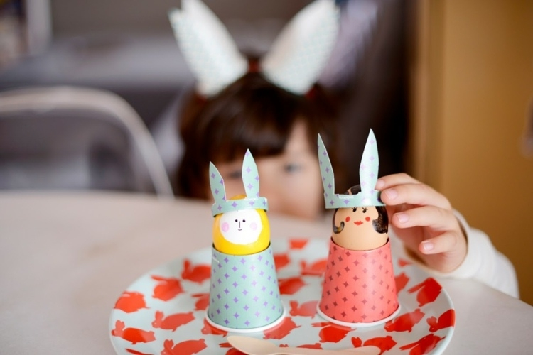 eggcup-tinker-13-fun-ideas-for-easter-crafts-with-kids-img016