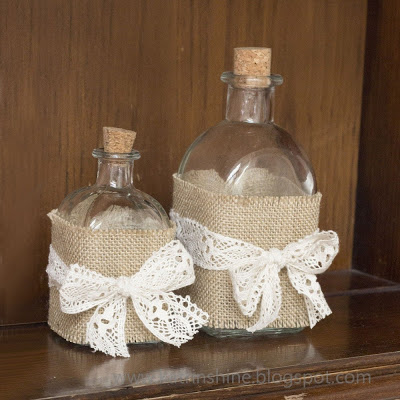 decorate-bottle-in-shabby-chic-diy-img001