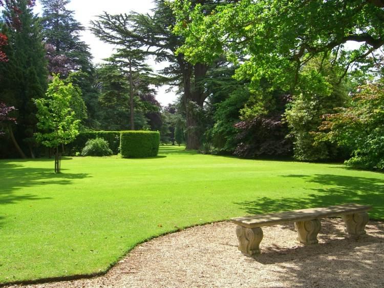 make-rasenkante-in-the-garden-a-selection-of-materials-img002