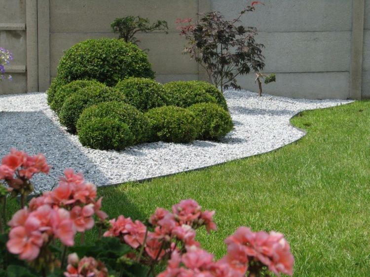 make-rasenkante-in-the-garden-a-selection-of-materials-img009