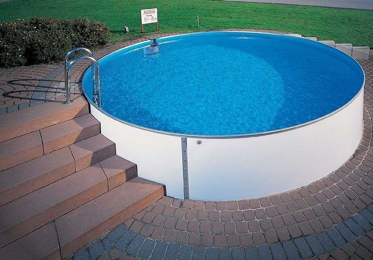 swimming-pool-in-your-own-garden-so-easily-achieved-the-dream-pool-img-2