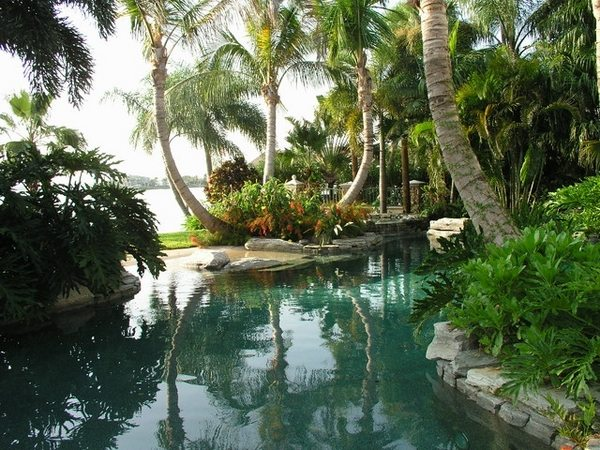 Tropical pools – beautiful and exotic landscape ideas ...