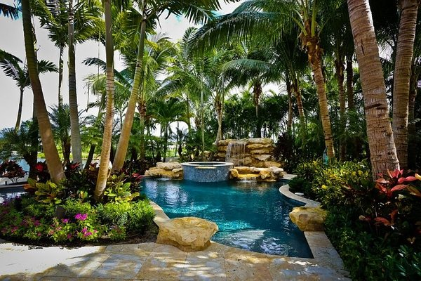 tropical-pools-beautiful-and-exotic-landscape-ideas-img006