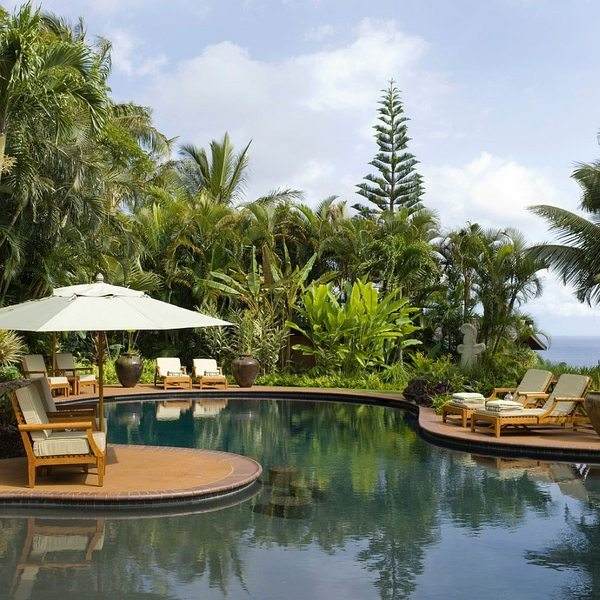 tropical-pools-beautiful-and-exotic-landscape-ideas-img017