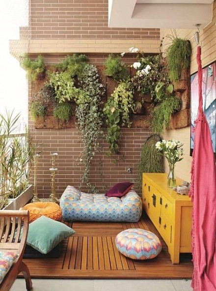 vertical-garden-the-magic-of-the-green-wall-img002