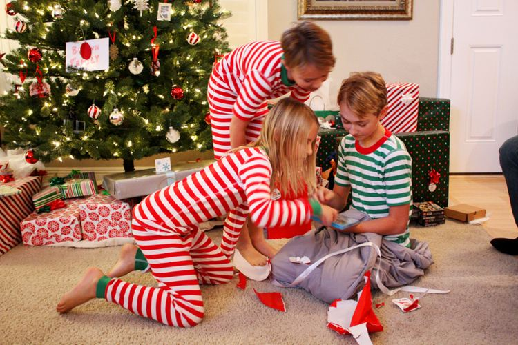 8-christmas-games-with-the-whole-family-as-a-time-out-img002