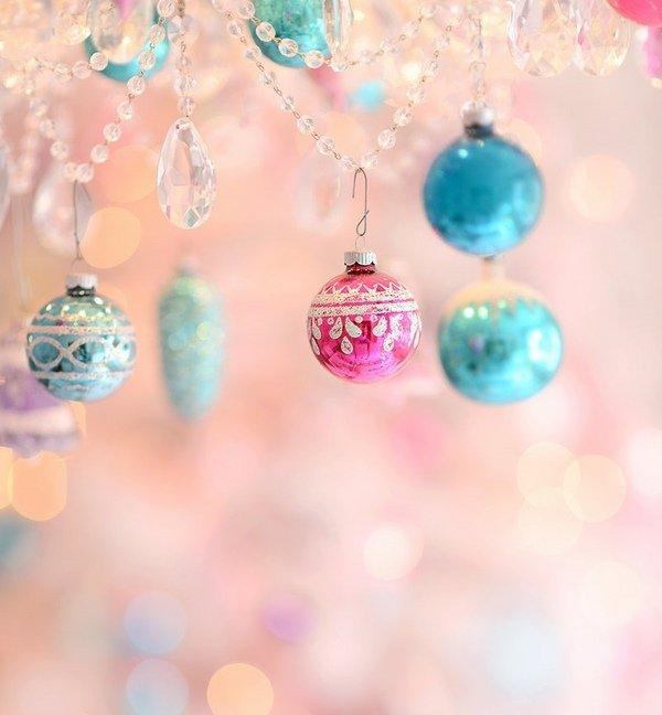 Christmas embellishment ideas pastel ensign for the festive decor christmas decoration ideas in pastel flag choosing the basic color theme solutioingenieria Images